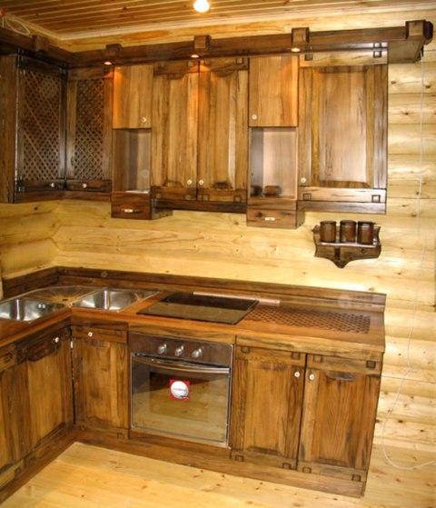 Кухня для деревянного дома