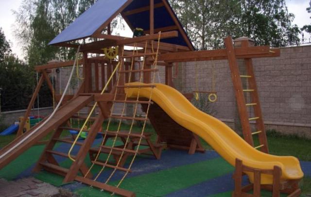 Фото детских площадок своими руками из дерева
